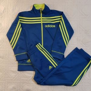Adidas Tricot track suit